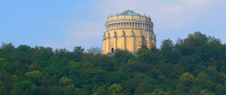 Sehenswürdigkeiten und Ausflugsziele in Bayern - Befreiungshalle bei Kelheim im Altmühltal