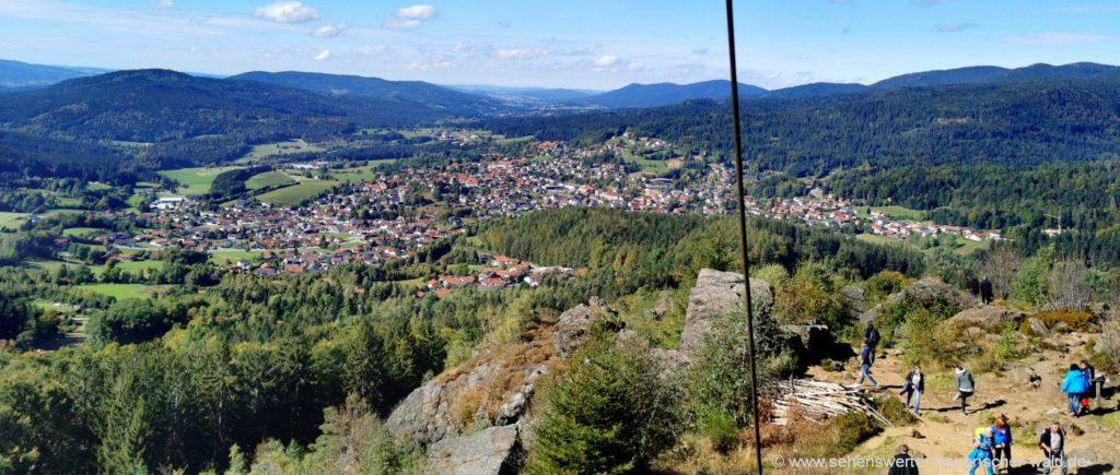 Ausflugsziele in Bodenmais Silberberg Aussichtspunkt und Besucher Bergwerk