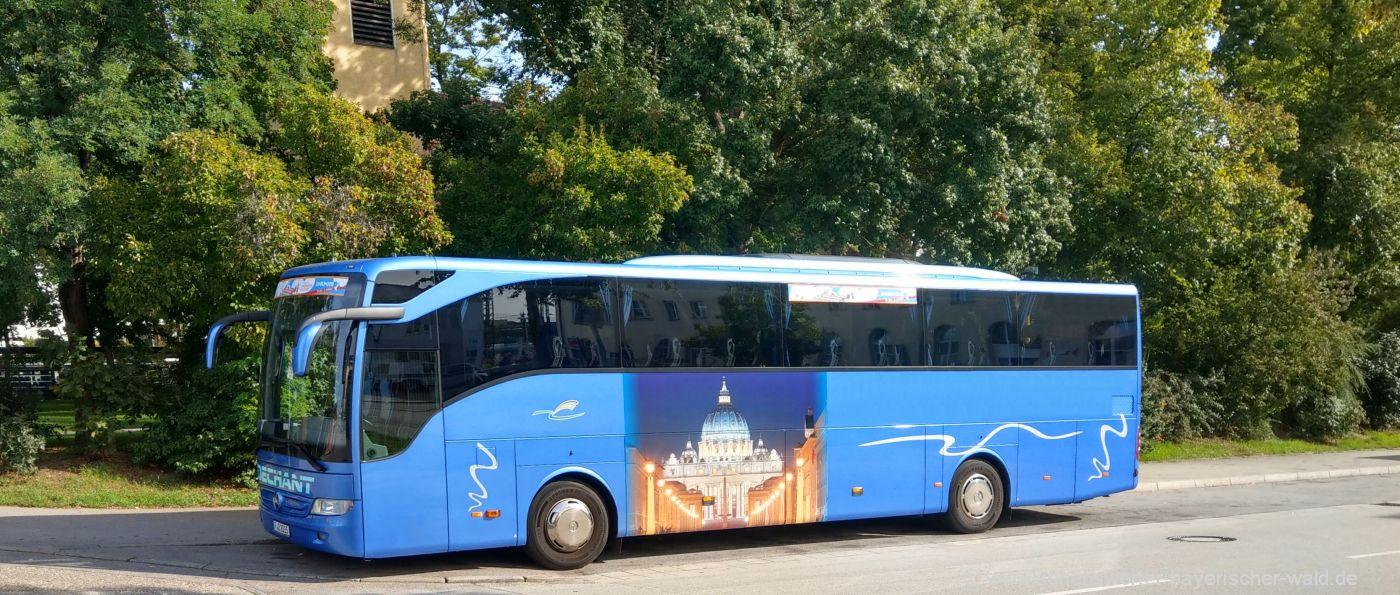 Busreisen und Kurreisen mit Bus nach Tschechien