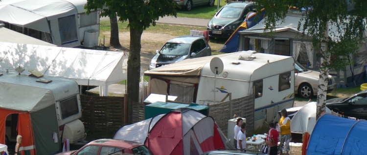 campingurlaub-bayern-campen-deutschland-wohnwagen