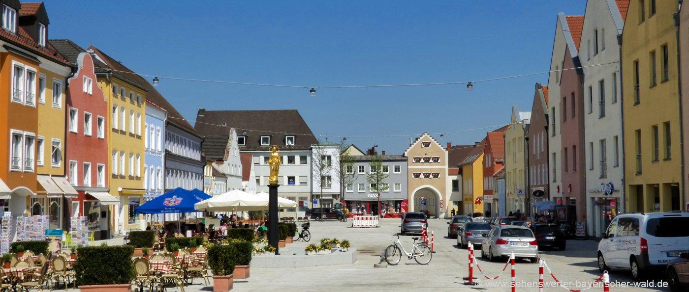 dingolfing-sehenswürdigkeiten-ausflugsziele-niederbayern-stadtplatz