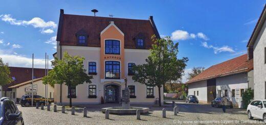Ausflugsziele und Sehenswürdigkeiten in Essenbach Freizeitangebote Rathaus