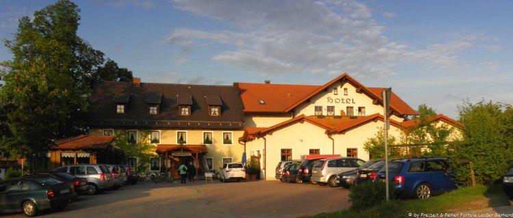 Urlaub im Hotel Bayern Hotelansicht