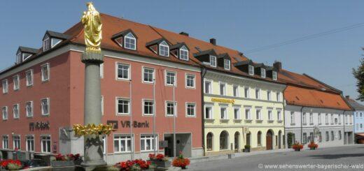 landau-an-der-isar-sehenswürdigkeiten-obere-stadt-brunnen-ausflugstipps