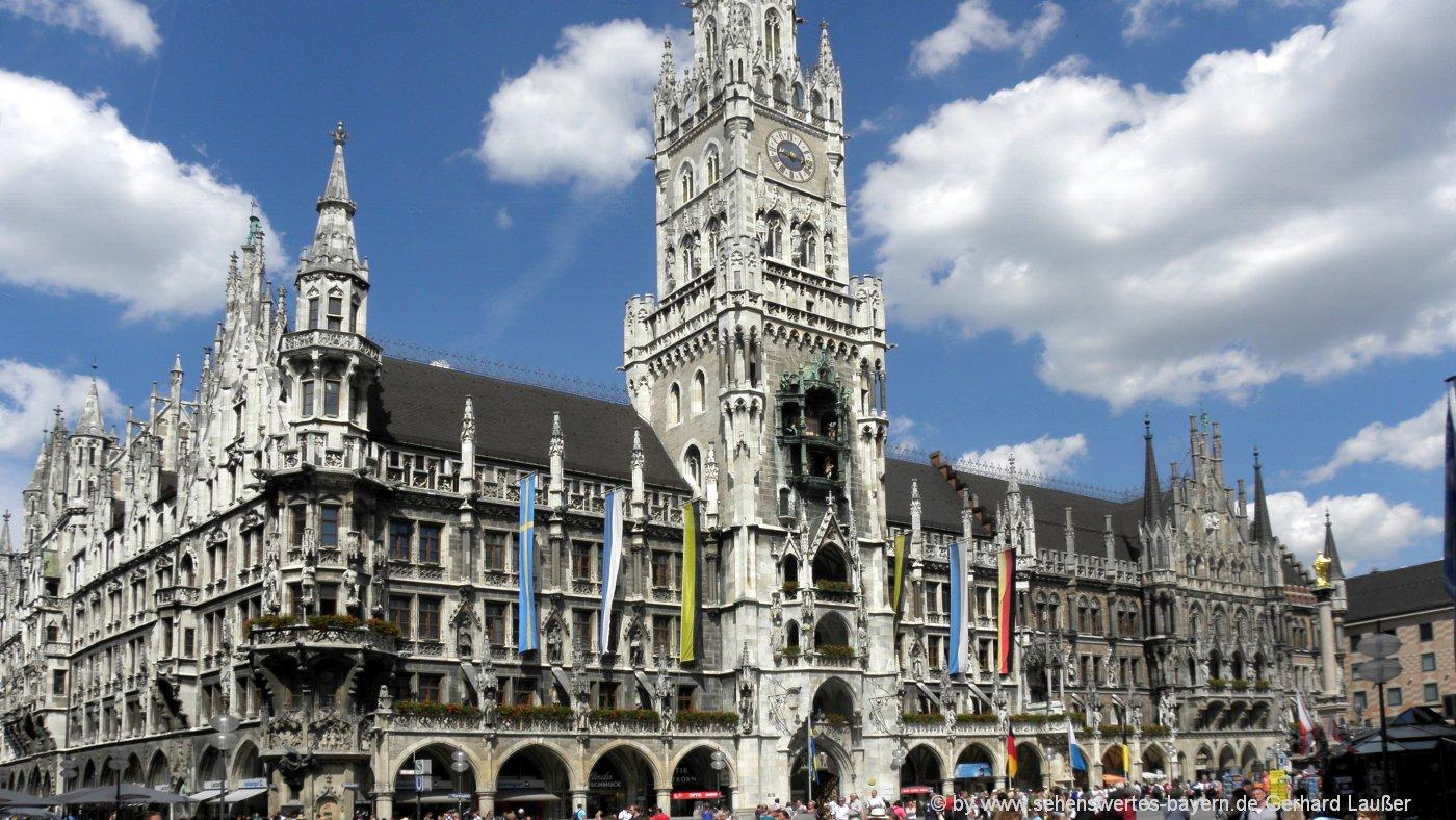 Wahrzeichen von München - Rathaus am Marienplatz