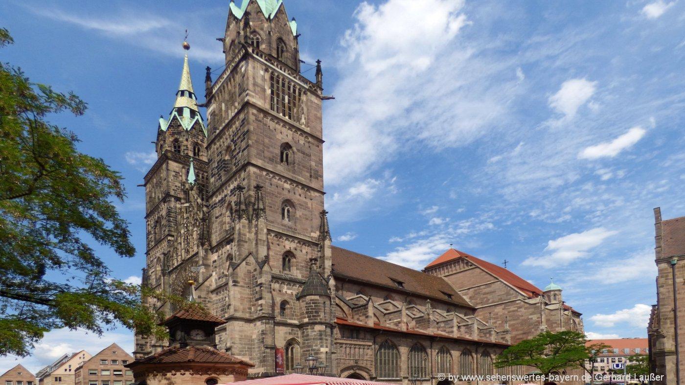 nürnberg-lorenzkirche-wahrzeichen-sehenswürdigkeiten-franken-1400