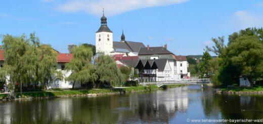 sehenswürdigkeiten-regen-ausflugsziele-bayerischer-wald-stadt