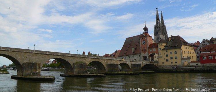 Sehenswürdigkeiten in Regensburg steinerne Brücke