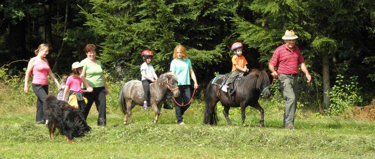 Reiturlaub in Bayern Ponyreiten Familie