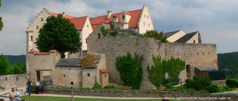 sehenswürdigkeiten-riedenburg-altmühltal-schloss-rosenburg-burgen-bayern