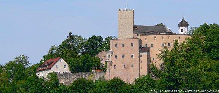Ausflugsziel Falkenstein Sehenswürdigkeiten Burg