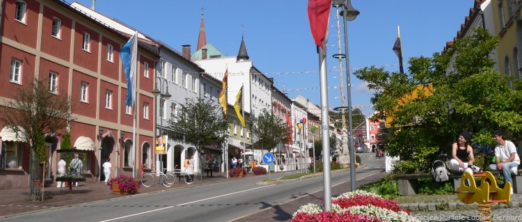 sehensw rdigkeiten der stadt zwiesel bayerischer wald ausflugsziele glasbl serei. Black Bedroom Furniture Sets. Home Design Ideas